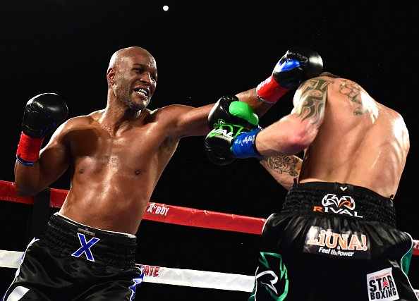Bernard Hopkins vs Joe Smith
